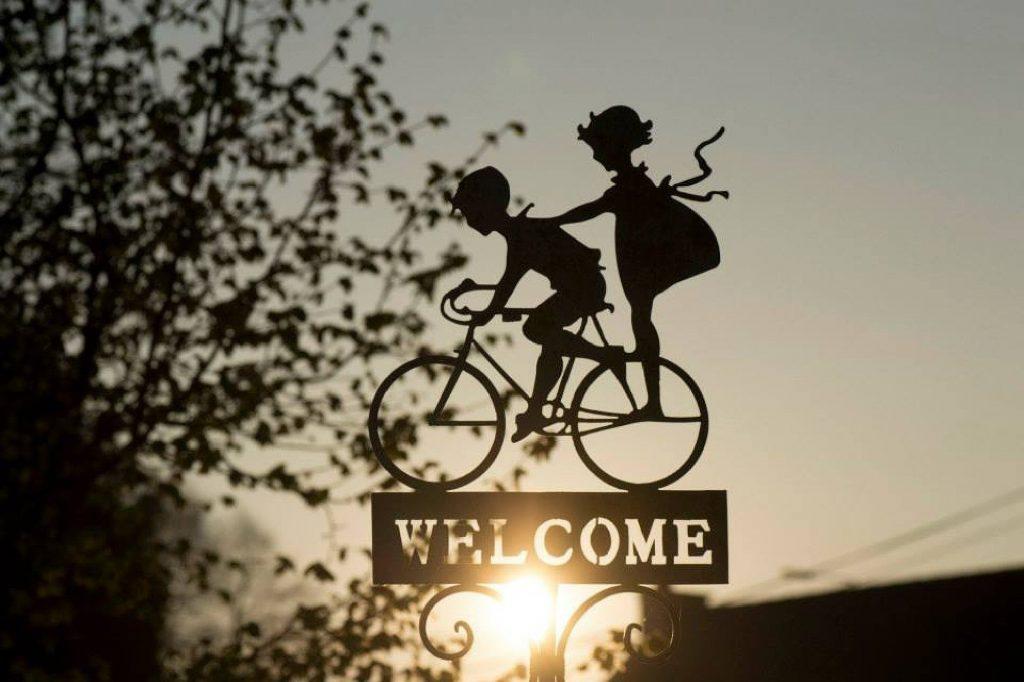 Herzlich willkommen, liebe Azubis! Wir freuen uns auf euch und wünschen viel Erfolg!