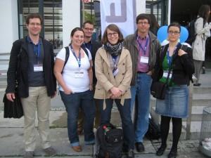Das SAM-Team um Prof. Dr. Marold Wosnitza (2. Von rechts) auf der EARLI in München. (Foto: privat)