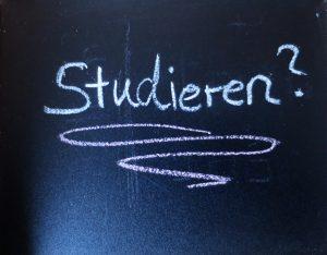 Studieren? Die SelfAssessments der RWTH Aachen sind ein Kompass im Hochschuldschungel. Foto: SAM RWTH Aachen